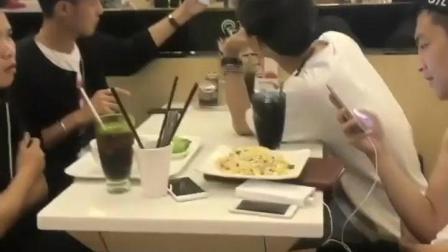 搞笑广西老表许华升和广东雨神一起喝奶茶时的一些趣事, 太幽默了