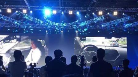 中国无人驾驶汽车新突破, 2017年7月5日李彦宏乘无人驾驶汽车前往百度AI开发者大会现场