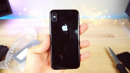 金属玻璃版iPhone 8上手 全球最长待机智能机
