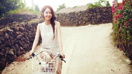 台湾美女一边骑单车一边还能赚钱!