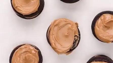 可爱的奥利奥夹心巧克力迷你小蛋糕制作, 美味可口