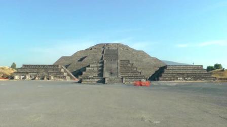 墨西哥旅游 特奥蒂瓦坎金字塔