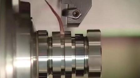 如此精细化的机床金属切割, 恐怕只有在德国的厂子里才能见到