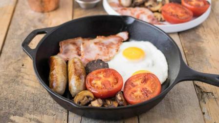 【视频】《Going》吃得像国王的英式早餐VS传统炸鱼薯条