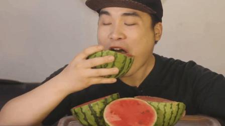 韩国大胃王-吃播豪放派donkey弟弟ASMR带皮吃2个大红西瓜