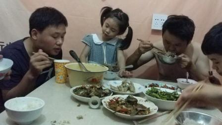 中国吃播星星大胃王diy自制美食 被抢走的美食