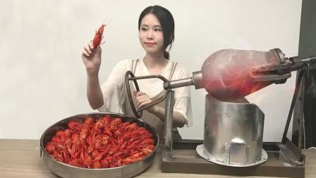 办公室小野餐饮 E19 用老式爆米花锅做麻辣小龙虾