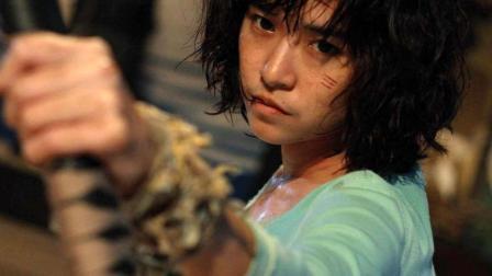 这个小姐姐太狠了, 啥都不要只要命! 从来不用武器, 对手再强一个字就是干