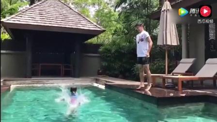 田亮教儿子跳水 网友: 看到10年后的跳水王子