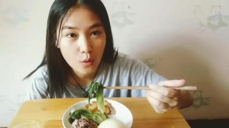 减肥午餐给吃什么? 黑米饭生菜馒头蜂蜜水