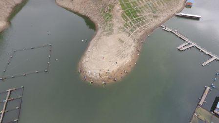 《游钓中国》第三季第9集 夜钓红谷湾再遇退水 坚守岸边终得喜人鱼获