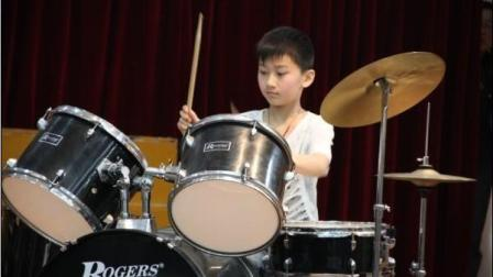架子鼓教学视频教程_爵士鼓视频小苹果_中国爵士