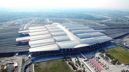 """中国最大的三个火车站, 广州新站投资130亿元, 被称为""""世界第一大""""火车站"""