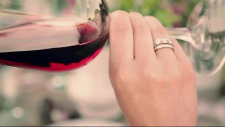 美女教你如何正确品鉴红酒(葡萄酒)