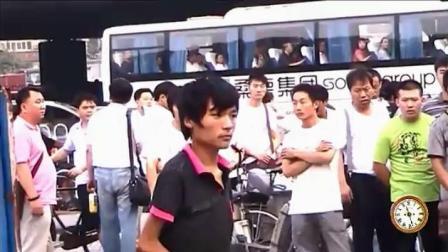 残疾流浪歌手王亮, 北京街头一歌唱哭所有人, 带给你心灵上的震撼