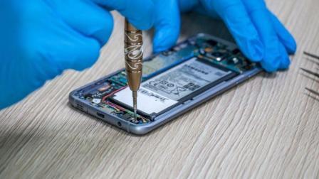 三星S8拆机更换电池教学教程-草包网