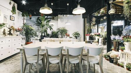 位于上海南京西路的集花艺, 烘焙, 绘画, 手作于一体的生活馆
