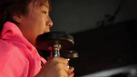 想不到美女拳击手的体重竟是这样的 上海100