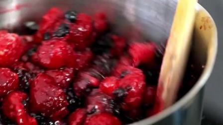 家常甜品系列教学 超甜美树莓夏洛特饼干巧克力蛋糕!