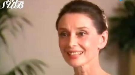"""有一种优雅叫""""奥黛丽赫本"""", 女神的采访视频, 真是太有气质了!"""