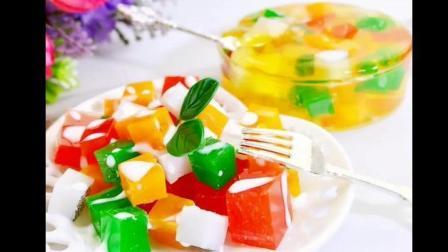 缤纷水果大餐, 爽口的水果酸奶沙拉, 新鲜的果粒果冻, 可惜不能吃