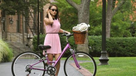 这个国家不允许女性骑自行车, 理由真是太奇葩了!