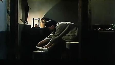 《桂花巷》任达华独爱三寸金莲, 少奶奶丧夫彻夜难眠