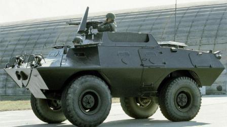 """最小装甲车, 称为""""鼬鼠""""! 这体积大家可以越野了!"""