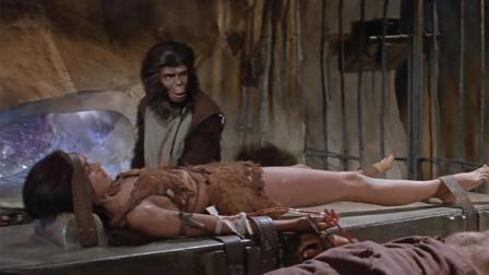 人类竟被猩猩用来做实验, 2分钟看完经典科幻电影《人猿星球》#大鱼FUN制造
