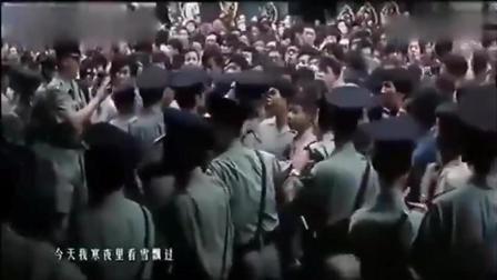 实拍李小龙和黄家驹葬礼, 粉丝哭的泣不成声