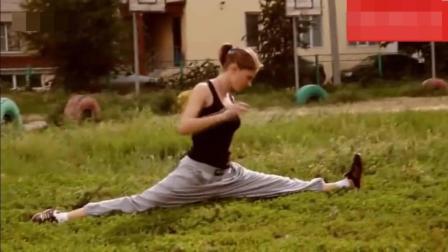 国外女生街头极限健身, 你能做到吗?