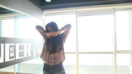 韩舞舞蹈《Attention》, 想学韩舞的朋友看过来