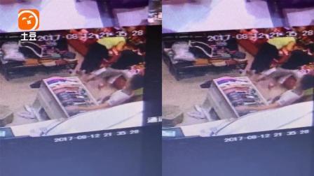监控拍下男童商场偷手机全过程, 作案过程看傻眼!