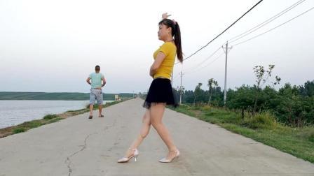 华美舞动广场舞恰恰《大眼睛》简单32步