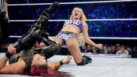 WWE女皇夏洛特出征中国! 女皇出征寸草不生! 是不是真的