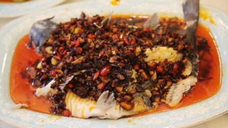 四川美食: 川菜厨师长教你做一道正宗的老干妈嵌鱼