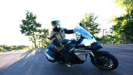 海外实测Ducati 揽途 Multistrada 950: 全能小生, 闪亮登场