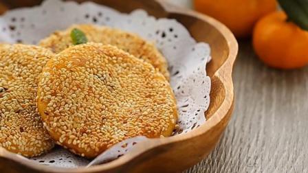 美食天天做: 平底锅轻松做出芝麻红薯豆沙饼