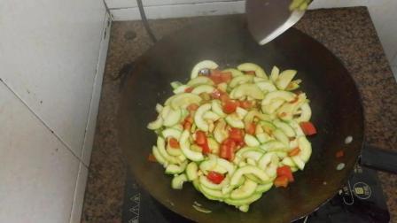 西葫芦的功效与作用 番茄素炒西葫芦的做法视频