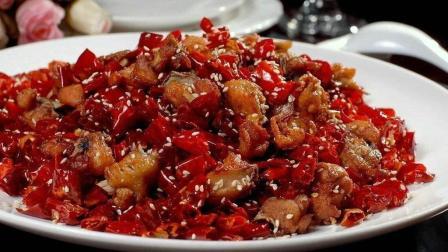 粽子叶包鸡和辣子鸡一个清淡一个麻辣, 随你选择哪一款
