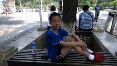 潍坊外国语学校乒乓球队代表潍坊参加山东省中小学乒乓球联赛.