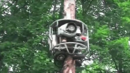 这汽车会爬树, 有8个轮子, 是大树理发师, 比猴子爬的快