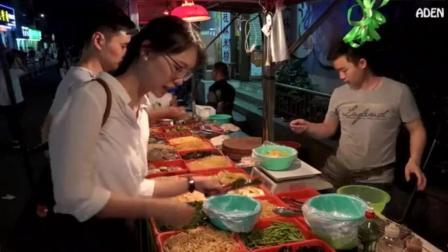 街头美食: 四川夜市街边小吃!