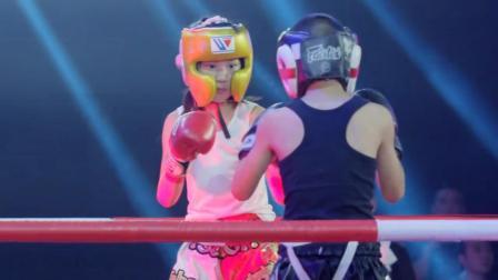 《了不起的孩子》拳击少女激烈对战搏击少年,全场掌声不断!