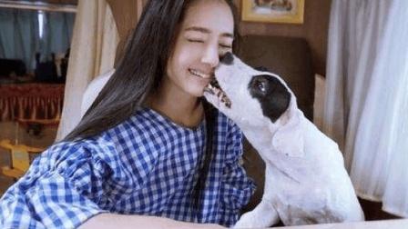 #单身狗的反击#看电影拆情侣的妙招 单身狗表示很赞成哦!