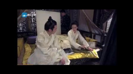 """丽姬传: 还记得""""红枣吻""""的剧情吗? 其实真相是, 两个欢脱的小吃货在片场分享食物!"""