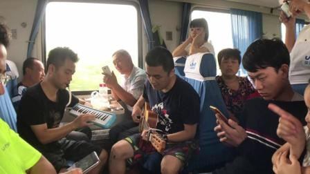 火车上一首《消愁》唱尽了人生百态
