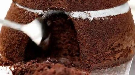 这翻糖蛋糕做得真像, 不是亲眼看见都不敢相信