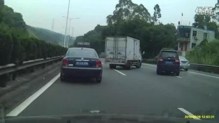 最嚣张别车, G94高速上货车别停面包车车, 非常危险。