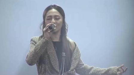 张韶涵十年后再唱经典《欧若拉》一开声观众掌声雷动